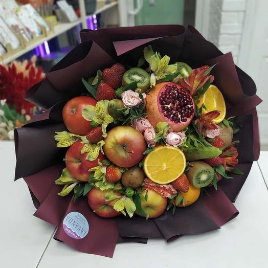 """Fruity Bouquet with strawberry """"Fantasy"""""""