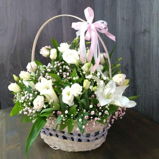 Basket team of eustoma and lilies