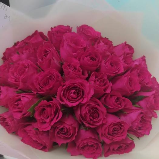 35 розовых роз супер-премиум