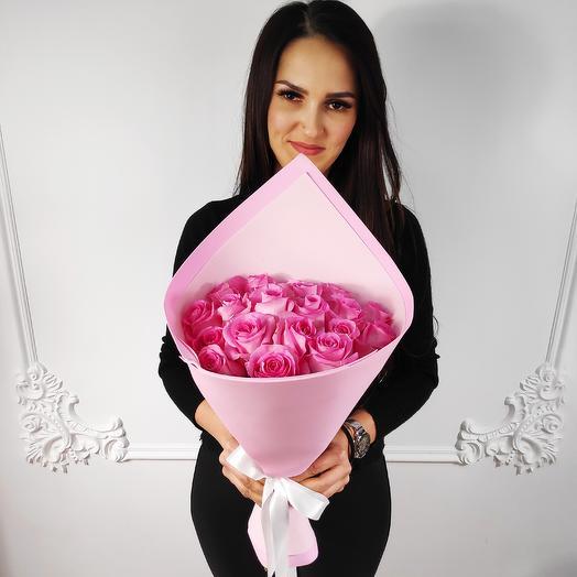 Стильный букет из 19 Розовых роз(коробка конфет в подарок, условие в описании)