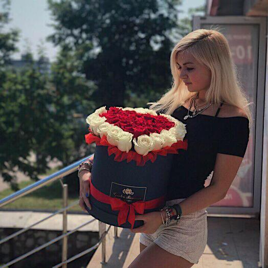 """51 роза """"Сердце"""" в коробке"""