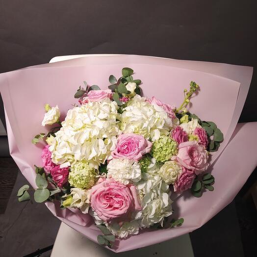 Букет Райский сад с пионовидной розой