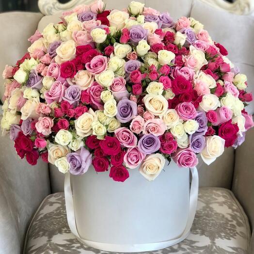 Цветы в коробке Luxury Flowers Розовый рай