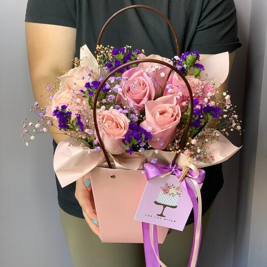 Handbag with roses