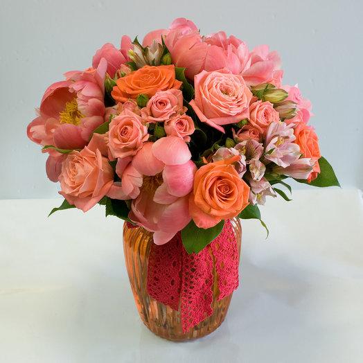 Букет цветов Коралловые бусы: букеты цветов на заказ Flowwow
