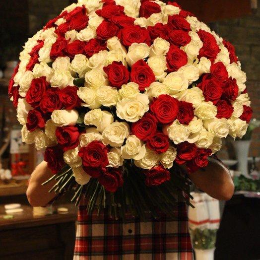 Клубника со сливками 101 роза: букеты цветов на заказ Flowwow