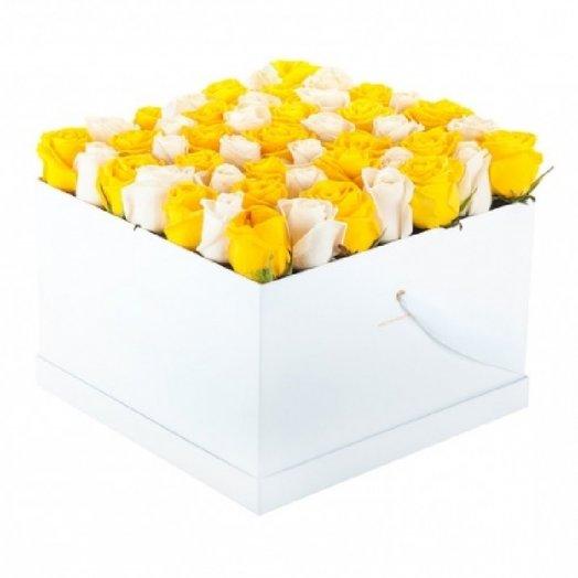 49 роз в коробке белой, яркий: букеты цветов на заказ Flowwow
