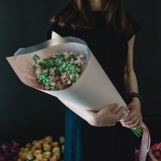 Матиола в крафте : букеты цветов на заказ Flowwow