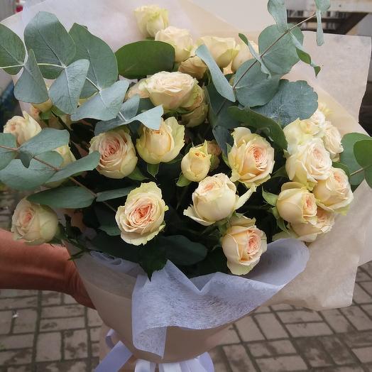 Букет из кустовой розы, Ванильный крем: букеты цветов на заказ Flowwow