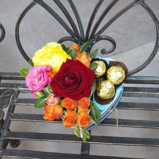 Сердечко с Ферреро: букеты цветов на заказ Flowwow