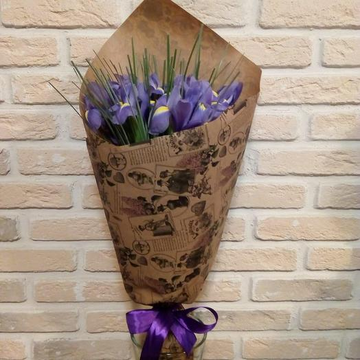 11 ирисов: букеты цветов на заказ Flowwow