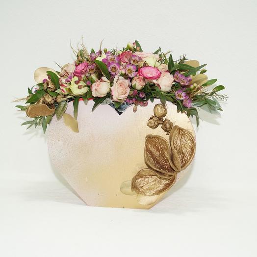 "Композиция из цветов ""Сердце"": букеты цветов на заказ Flowwow"