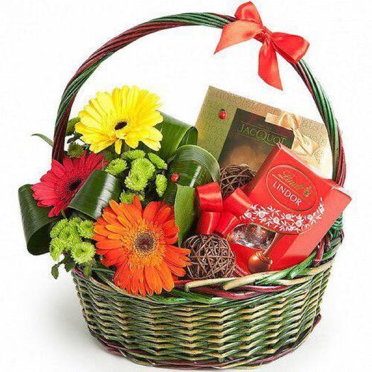 "Подарочная корзина ""Шоколадные реки"": букеты цветов на заказ Flowwow"