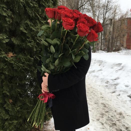 25 огромных 110 см эквадорских роз: букеты цветов на заказ Flowwow