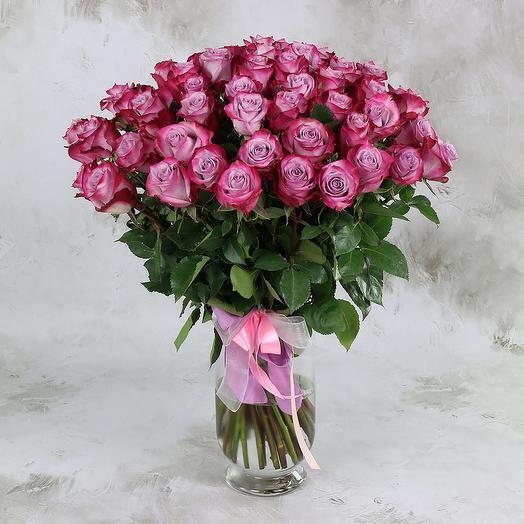 БУКЕТ ИЗ 51 РОЗОВО-СИРЕНЕВОЙ РОЗЫ 60 СМ: букеты цветов на заказ Flowwow