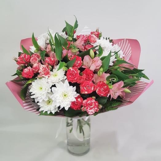 Яркий миг: букеты цветов на заказ Flowwow