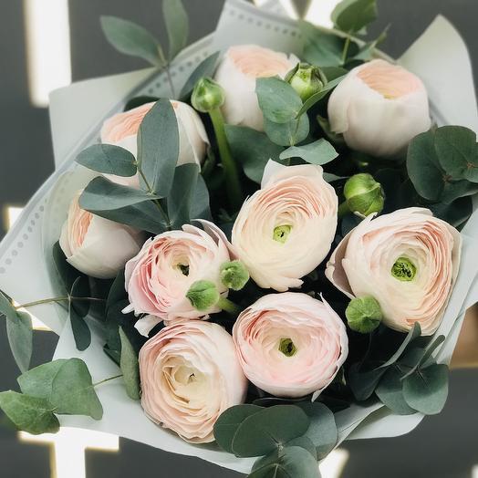 Монобукет из ранункулюсов: букеты цветов на заказ Flowwow