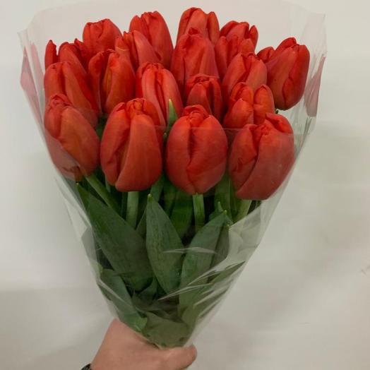 Красные тюльпаны: букеты цветов на заказ Flowwow