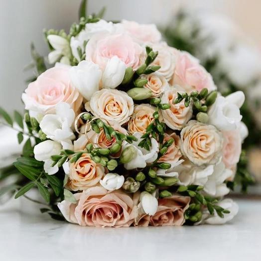Классическмй свадебный букет