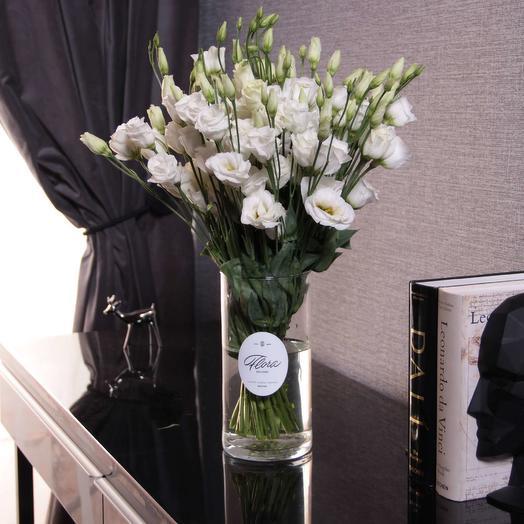 Букет из белого лизиантуса: букеты цветов на заказ Flowwow