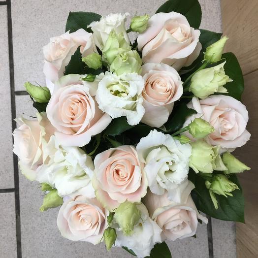 """«Королевские Жемчуженки"""" цветы в коробке"""