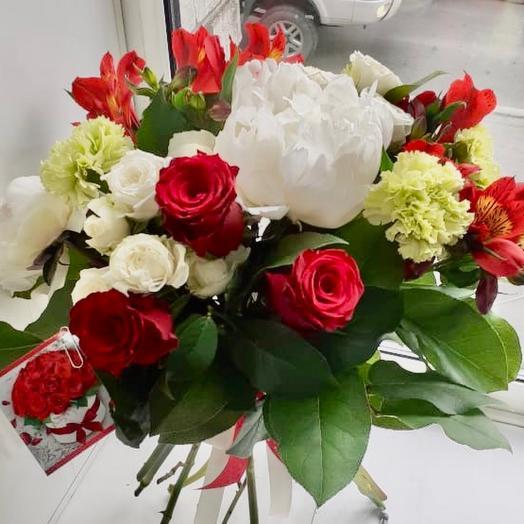 «Розы во дворце»