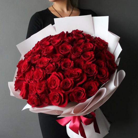 Букет 51 роза Эксплорер 60-70см
