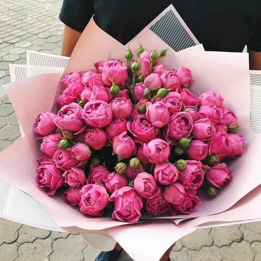 Пионовидные кустовые розы «Гранд»