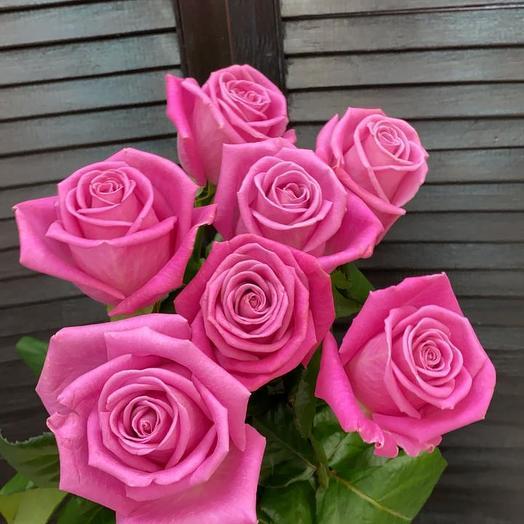 7 голандских роз на ленту