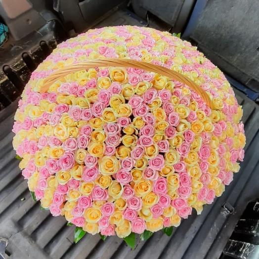 корзина из 1001 роз
