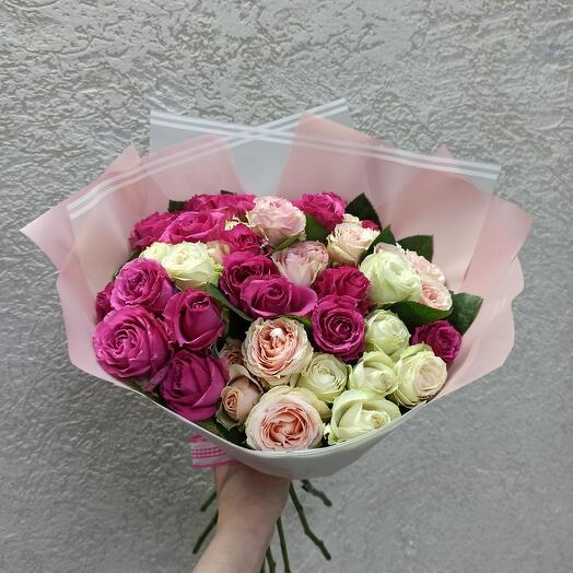 15 кустовых роз Эквадор