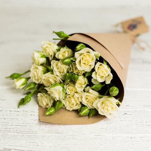Букет из кустовой розочки: букеты цветов на заказ Flowwow