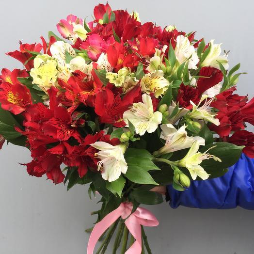 Яркий микс из альстромерий: букеты цветов на заказ Flowwow