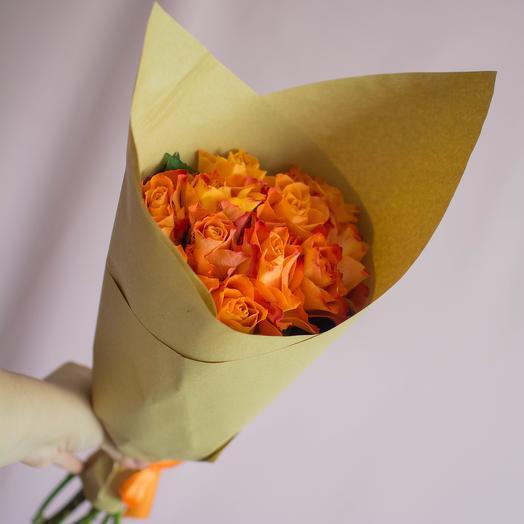 11 роз Кения: букеты цветов на заказ Flowwow