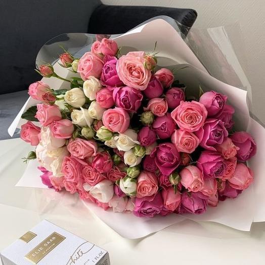 Микс кустовых роз: букеты цветов на заказ Flowwow