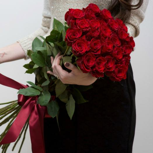 Красные розы 21: букеты цветов на заказ Flowwow