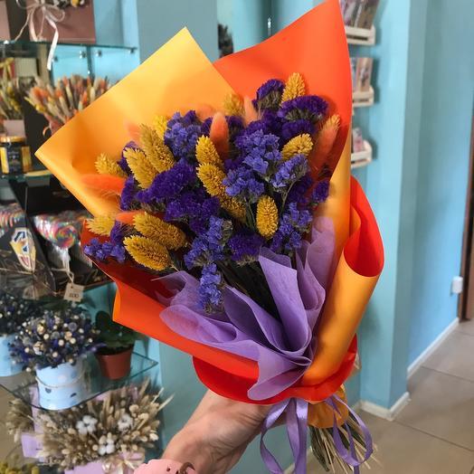 Яркий букет с сухоцветами