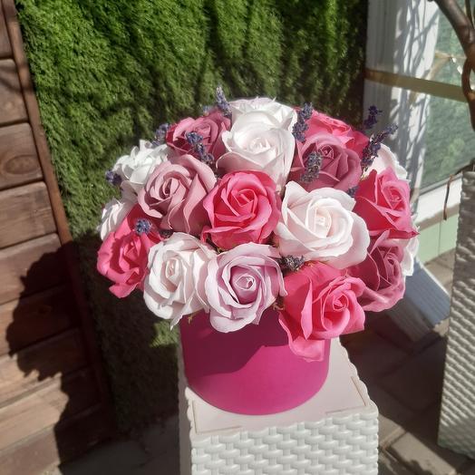 Цилиндр с мыльными розами
