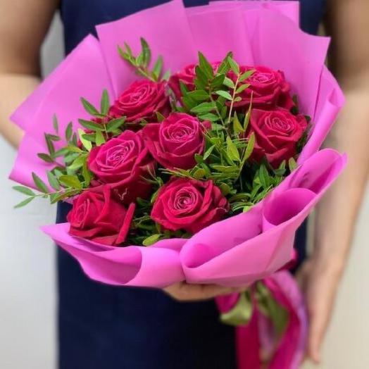 Монобукет из 9 малиновых роз