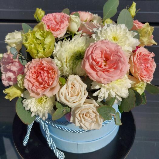 """Цветы в коробке """"Клубничный мохито"""""""
