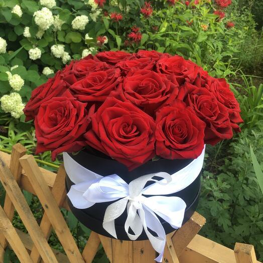 Шикарная премиум коробка с голландскими розами