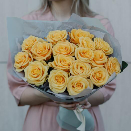 Букет из желтых роз 94