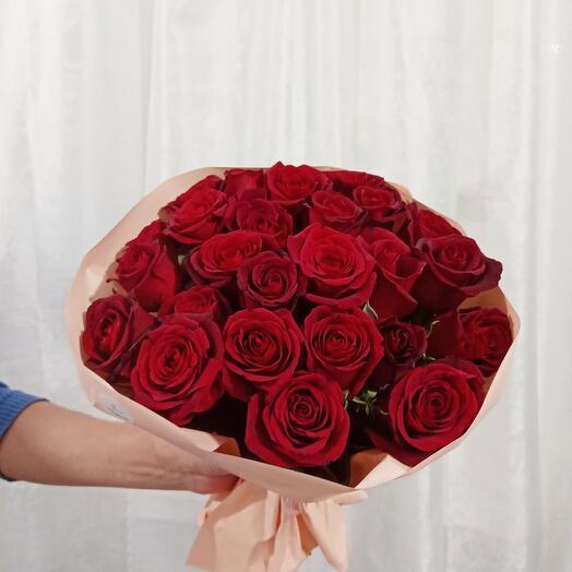 Букет из 25 красных роз (Кения)