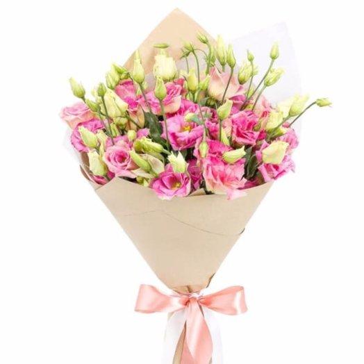 Розовый лизиантус: букеты цветов на заказ Flowwow