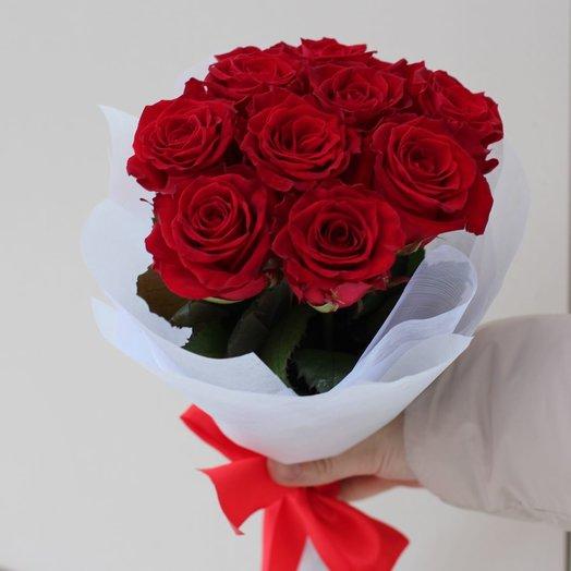 """Букет из 9 роз """"Красное на белом"""""""