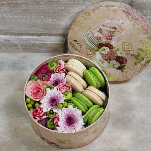 """Коробочка """"A sweet surprise"""": букеты цветов на заказ Flowwow"""