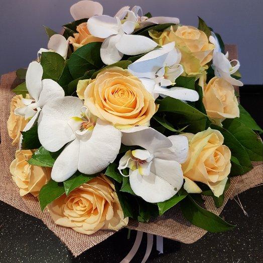 Букет бабочки порхают: букеты цветов на заказ Flowwow