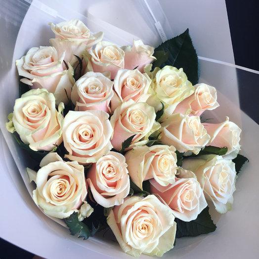 Кремовая роза : букеты цветов на заказ Flowwow