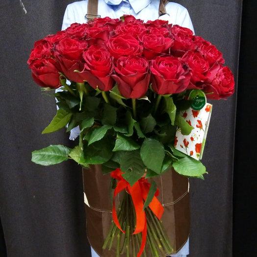 35 красных роз Цветы столицы: букеты цветов на заказ Flowwow