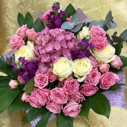 Букет «Прелесть»: букеты цветов на заказ Flowwow